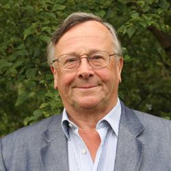 Miles MacInnes, Member