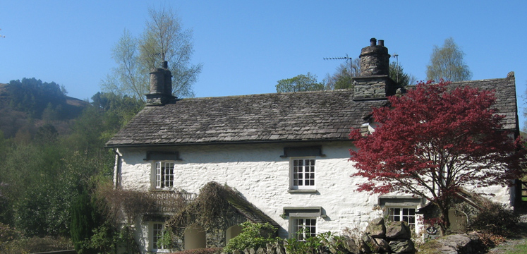 Cottage in Rydal copyright Helen Reynolds