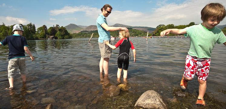Family paddling in Derwentwater copyright Dave Willis