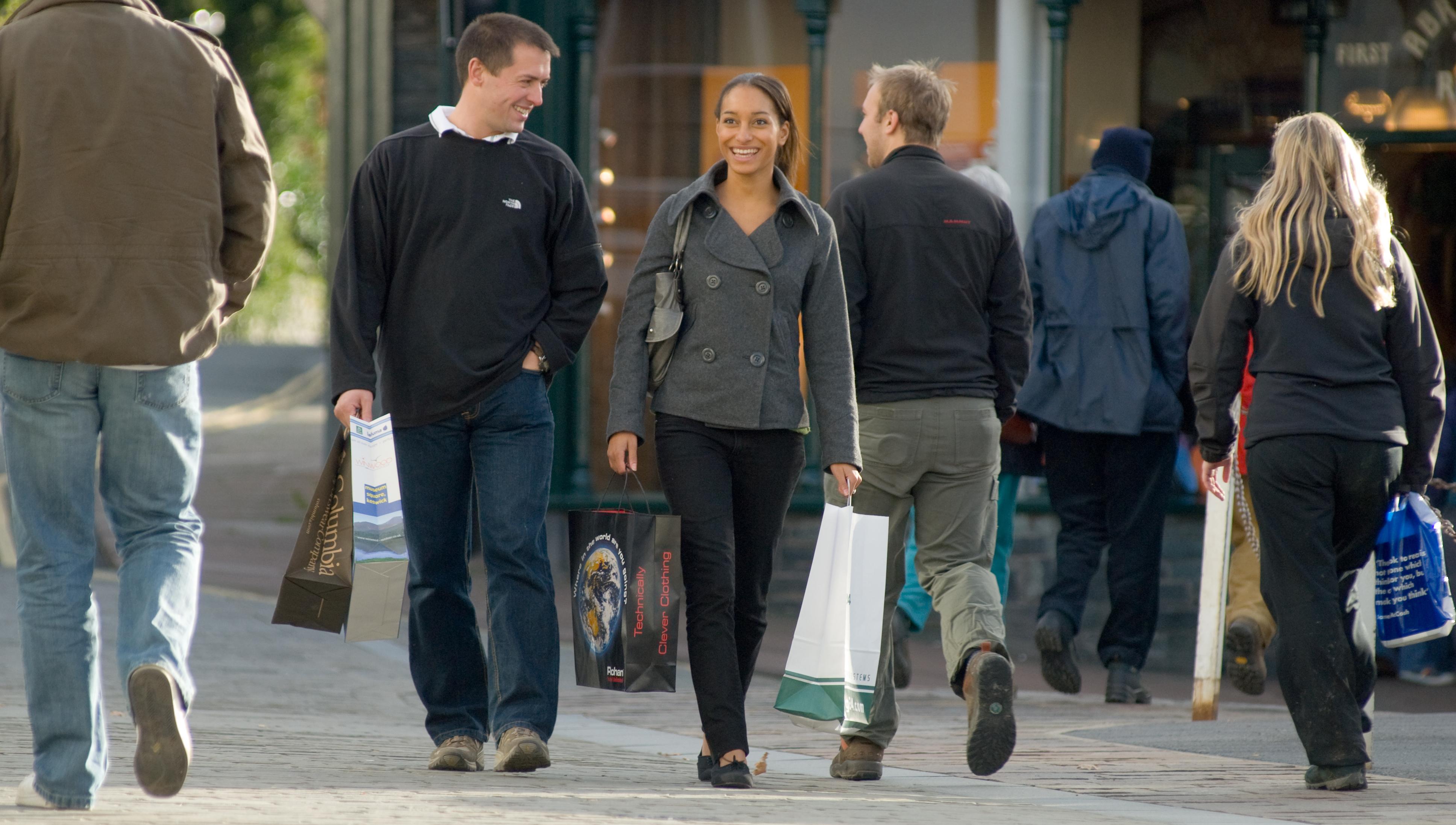 Shopping in Keswick - Dave Willis / Cumbria Tourism