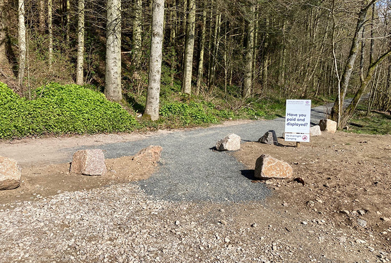 Start point showing a flat gravel track